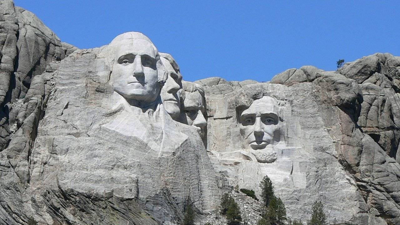 T -the Mount Rushmore National Memorial