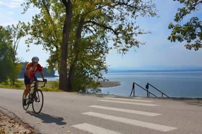 Lake-Champlain-Valley-Vermont-Bike-Tour