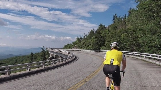 blue-ridge-parkway-cycling-01